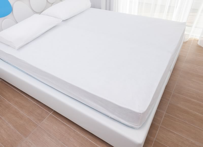 Disposable mattress protectors 25 gram semi-waterproof collection